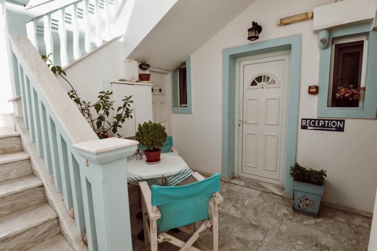 Milos Hotel1 e1541943571764