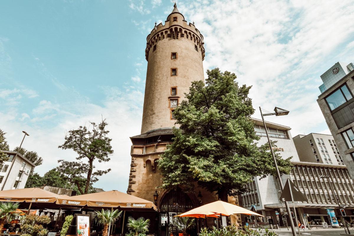Frankfurt Turm e1544796404888
