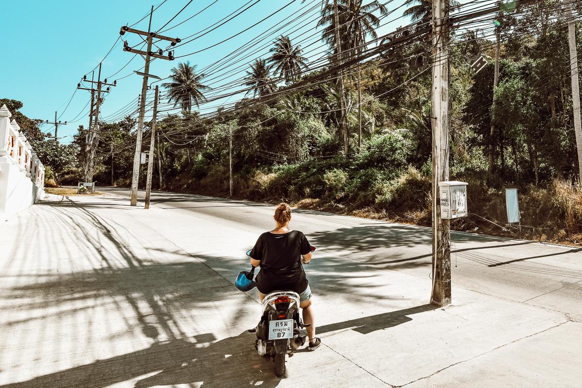 Koh Tao Rollerfahren